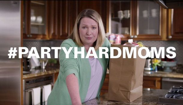 Hefty Party Hard Moms