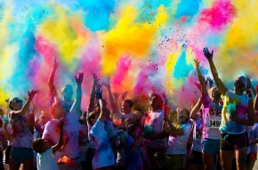 Color in Motion: Be a Running Rainbow with Us
