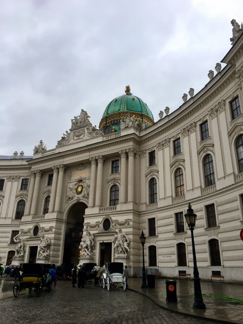 vienna spring travel tips