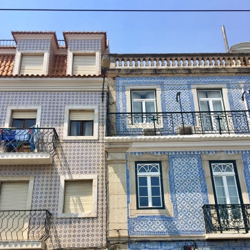 Where to find tiled houses in portugal