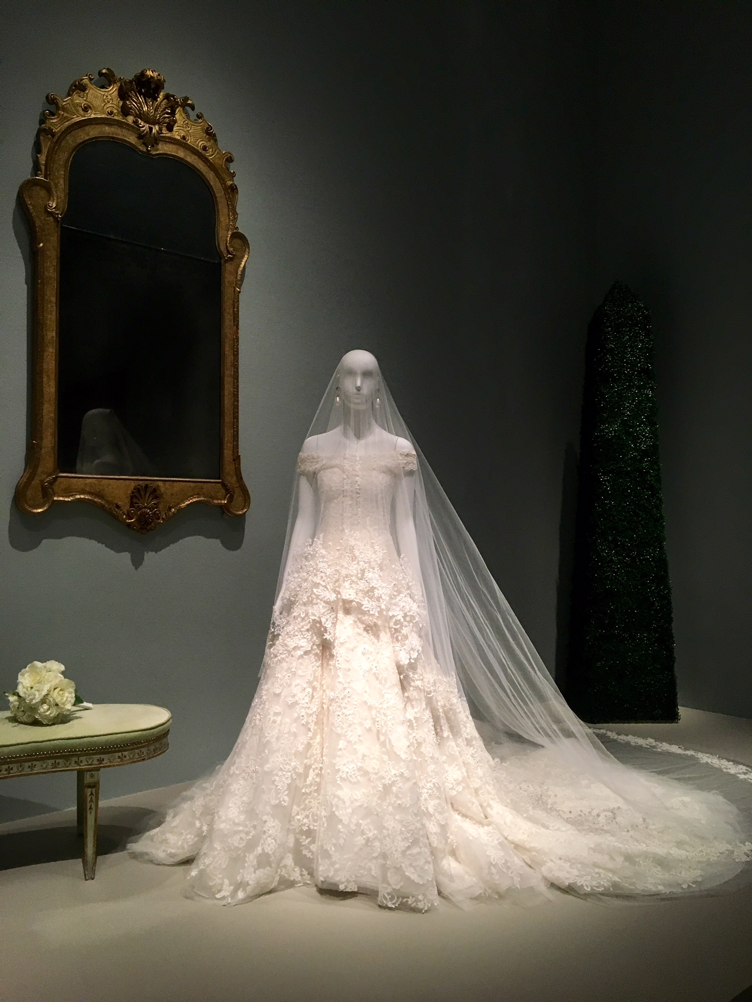 10 Thoughts Had at the MFAH Oscar de la Renta Exhibit | It\'s Not Hou ...