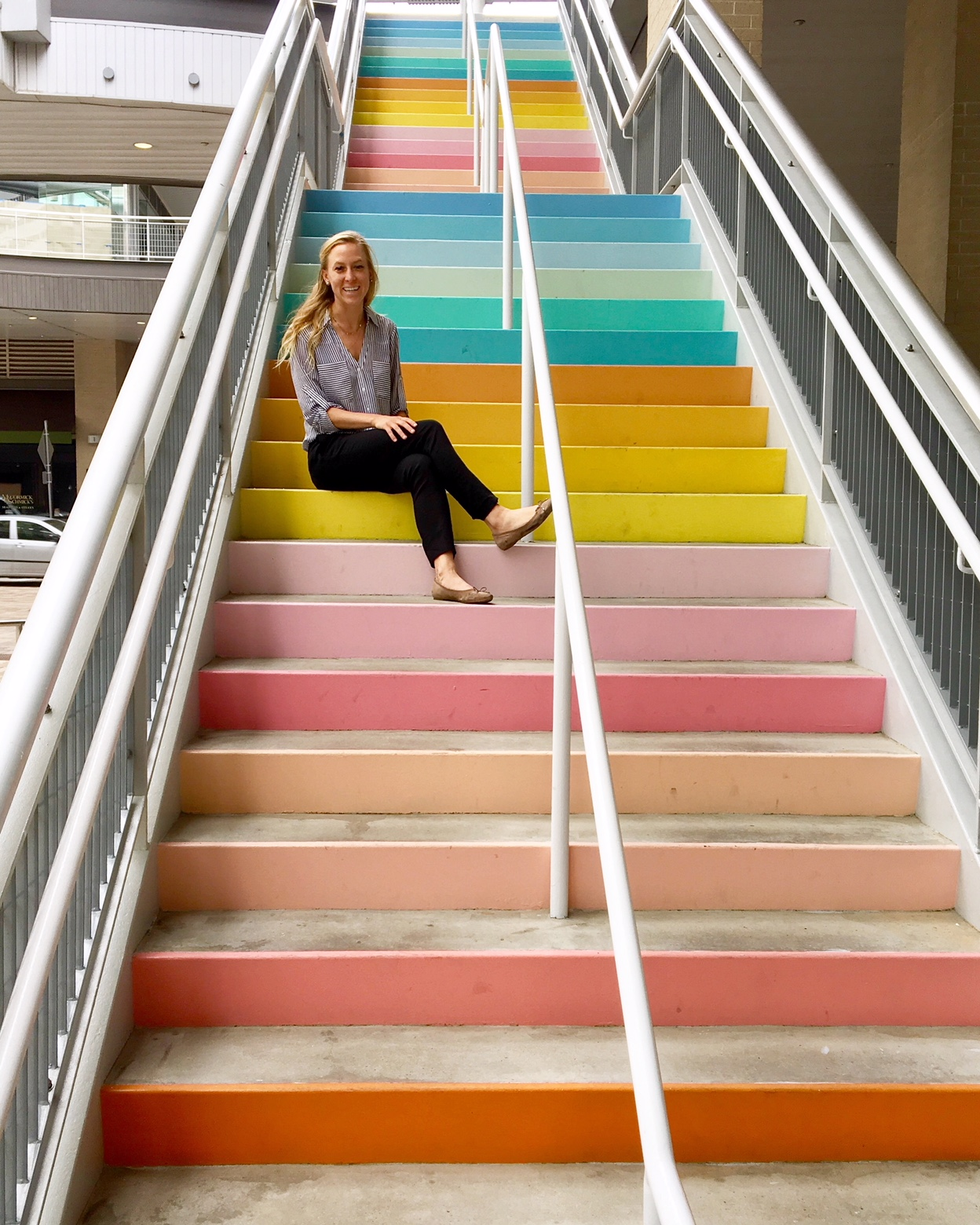 ... Sugar And Cloth Color Wall Stairs Houston ...