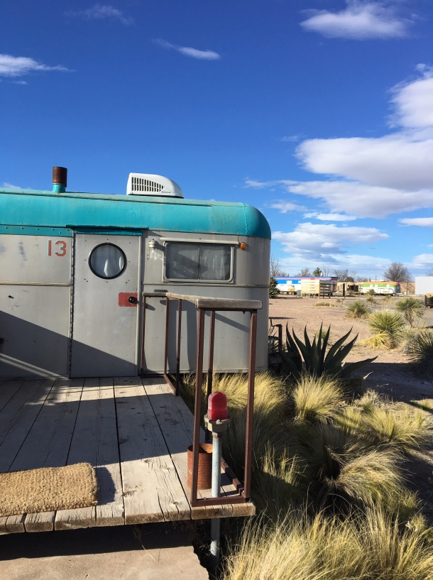where to take photos in marfa texas el cosmico